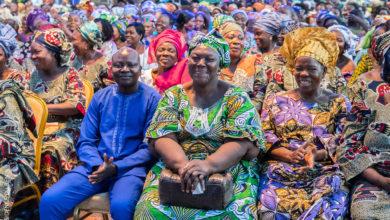 Des femmes des différents marchés de Cotonou au palais de la Marina | Photo : Présidence de la République du Bénin