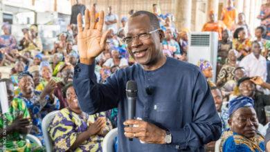 Le président Talon reçoit plus de 1000 femmes des différents marchés de Cotonou au palais de la Marina. | Photo : Présidence de la République du Bénin